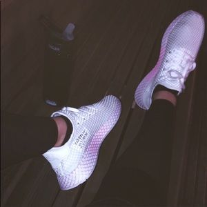 ADIDAS Sneakers - MUST GO ASAP!